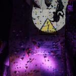 Geschäftsführer Pascal Parodi demonstriert die neue Climbing Challenge.